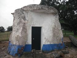 Anta Capela de São Brissos