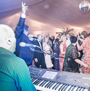 XL5 Hereford Best Wedding Band