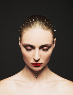 editorial_beauty_ makeup_artist_red_lips_AMAL_AFOUSSI.jpg