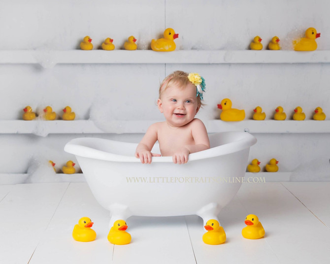 Bathtub | Lake County Baby Photographer
