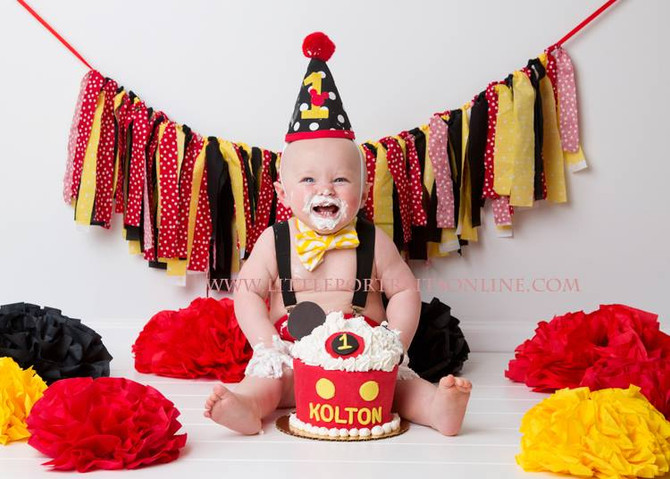 Kolton Smash Cake | Lake County Baby Photographer