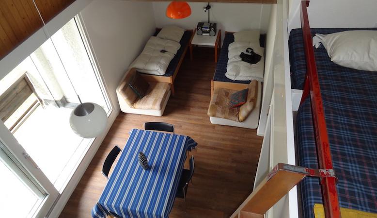 Esstisch im Apartment