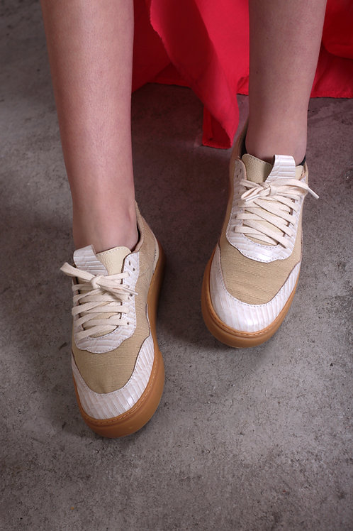 Sneaker Branco