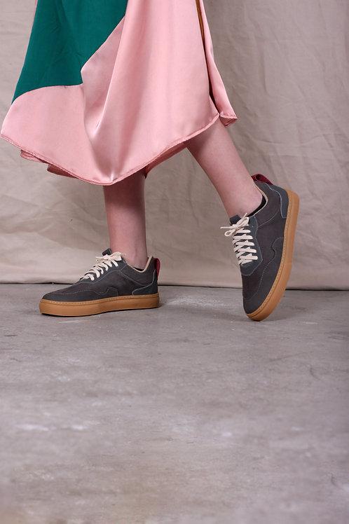 Sneaker Cinza