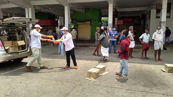 Food Distribution at Nagambadom Bus Stan