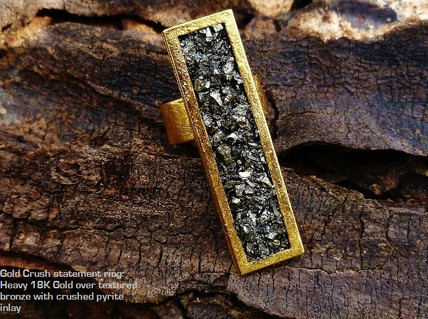 Gold crush statement ring