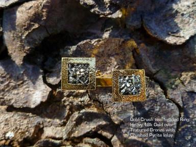 Gold crush floating ring