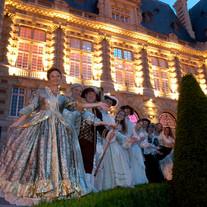 Organiser un bal costumé dans un château