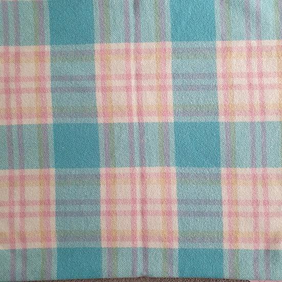 Blanket 16 - Large [ 1.0 x 1.7m ]
