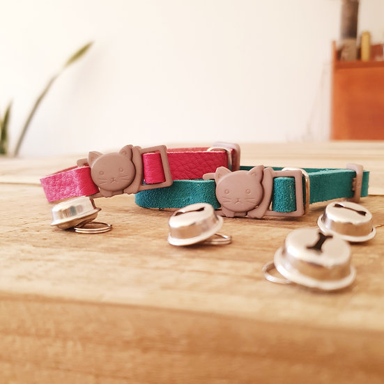 WHOLESALE: 'Puss in Boots' Cat Collar