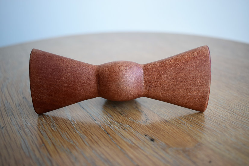 Myrtle Bow Tie for Dogs
