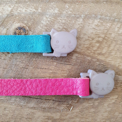 'Puss in Boots' Leather Cat Collar - Pink