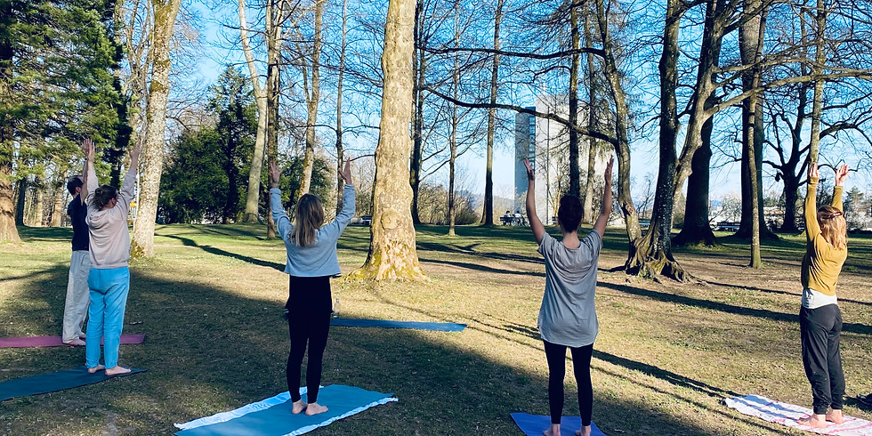 Outdoor Yoga Montag
