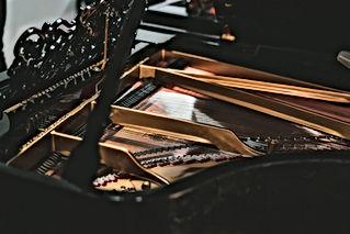 piano_-6.jpg