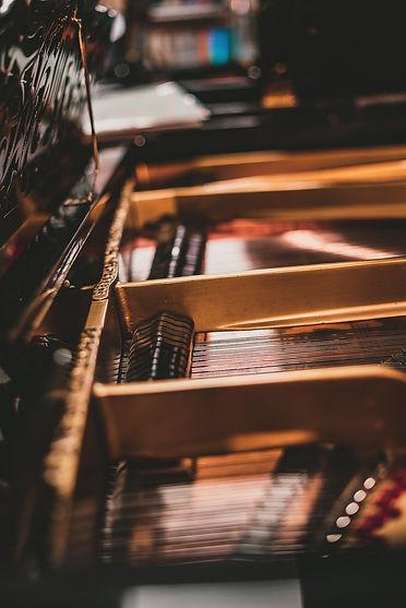 piano_-5.jpg
