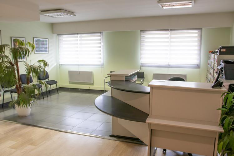 salle-d'attente-dentaire-jardin-gorbella-nice