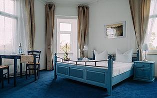 Hotel Singer 2.jpg
