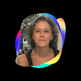 NADINE HEISLER  Cofudadora da Plataforma Domlexia, que desenvolve conteúdos e soluções voltadas à dislexia, tem mais de 25 anos de experiência em educação e treinamento. A Domlexia teve seu projeto validado como um dos 10 finalistas do Global Impact Challenge Brasil 2017 da Singularity University. O programa recebeu o Prêmio Inovação na Educação do Congresso Internacional de Dislexia 2018, e o Prêmio Inovador da Rede Cidades Digitais. Foi cofundadora de uma empresa de Educação à Distância, voltada ao mercado financeiro, premiada com o e-Learning Brasil 2005 e SuperBrands 2006. Em 2017/2018 participou do Desafio StartED da Fundação Lemann e Artemisia, no qual seu grupo saiu vencedor com uma solução para a educação especial.  É também diretora da Vertical Educação da Acate, grupo que reúne empresas com soluções educacionais de base tecnológica.