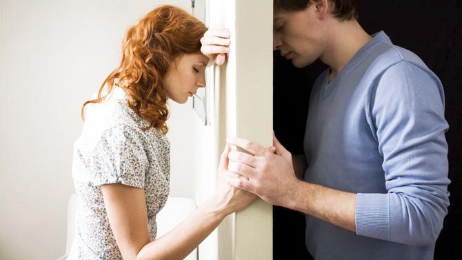 Violência contra a mulher na relação amorosa: O que existe por trás disso?