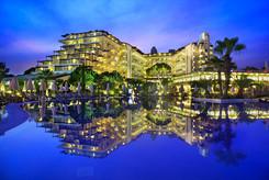 Bellis Deluxe hotel main.jpg