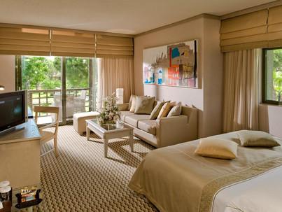 Gloria Golf Resort Hotel Room Living Roo