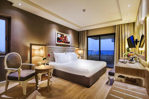 bellis-deluxe-hotel-roomjpg