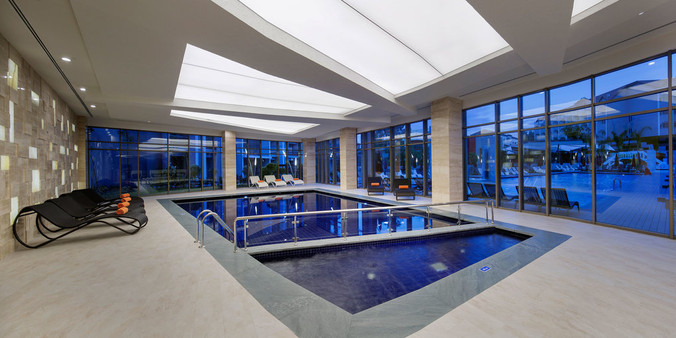 the-sense-de-luxe-indoor-pooljpg