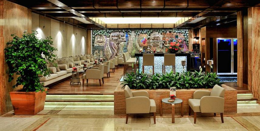 Gloria Golf Resort Hotel bar.jpg