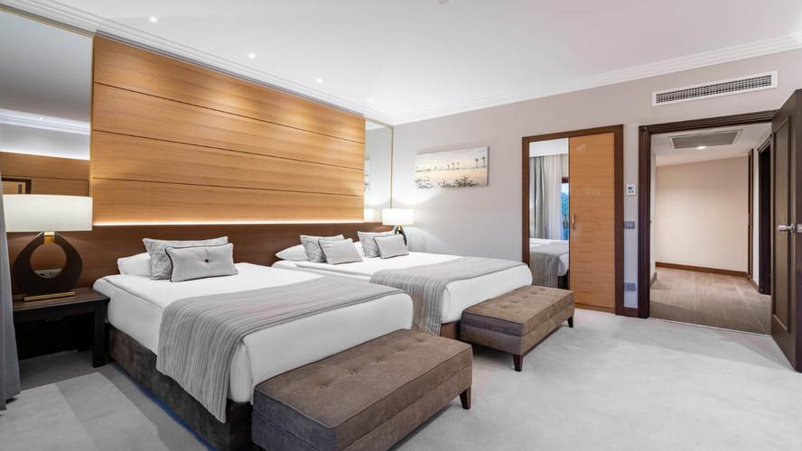 Hotel Papillon Belvil double room.jpg