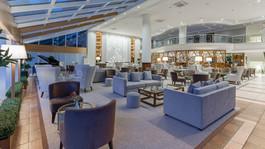 Hotel Papillon Belvil lobby.jpg