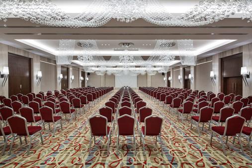 the-sense-de-luxe-conference-roomjpg