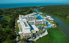 Titanic Deluxe Belek with football field