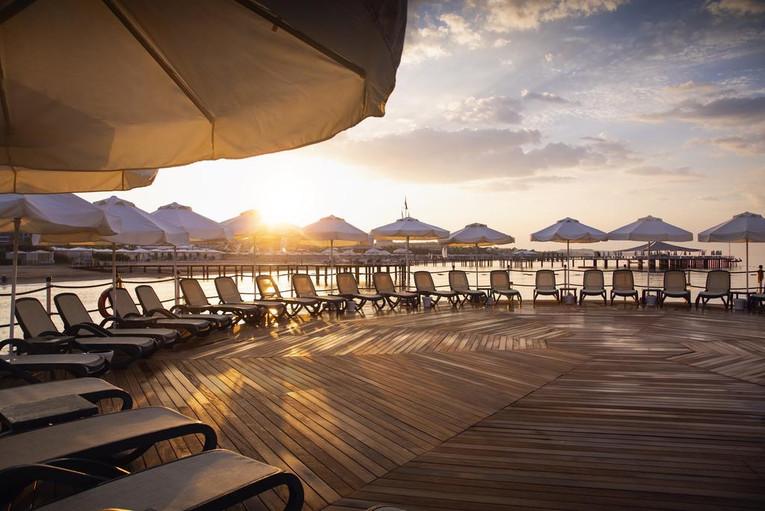 calista-luxury-resort-beachjpg