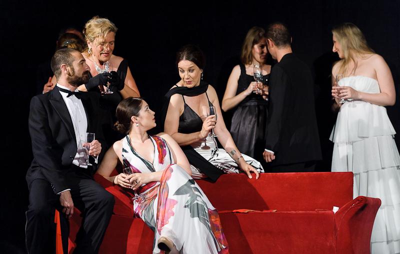 La Traviata - 03.jpg