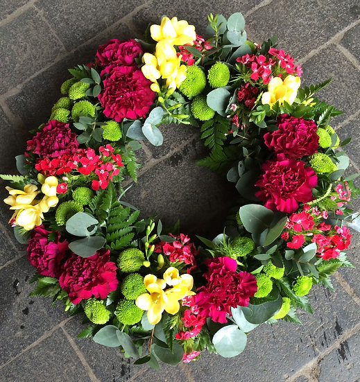 Vibrant Clustered Wreath