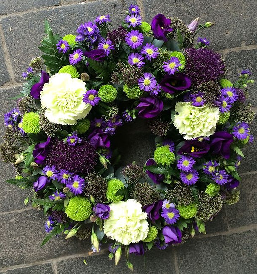 Purple clustered wreath