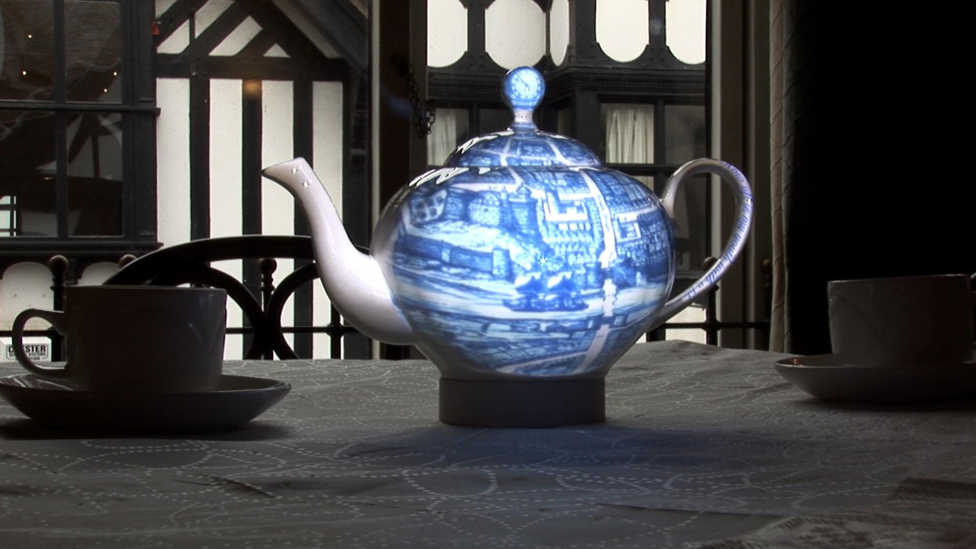 teapot (0-03-39-23)