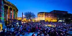 liverpool crowds