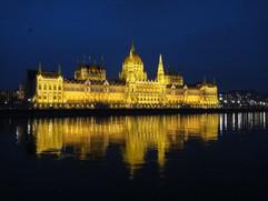 BUDAPEST-2012-NUIT-DEVENIR-ENTREPRENEUR-