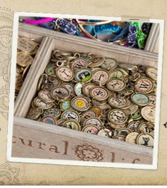 Natural Life Vintage Initial Charms