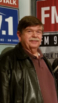 Larry at 97.1 Lincoln Lobby 2020.jpg