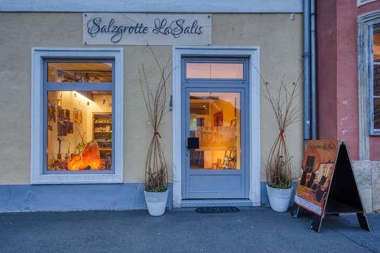 salzgrotte-lasalis-eingang.jpg