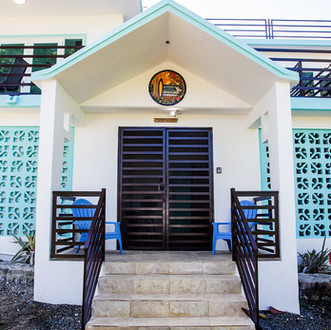 Entrance to the Surf House