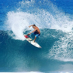 Tomorrow in Rincón the 6th Legend Surf C