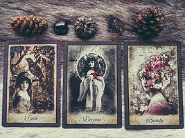 best-oracle-and-tarot-decks-min (1).jpg