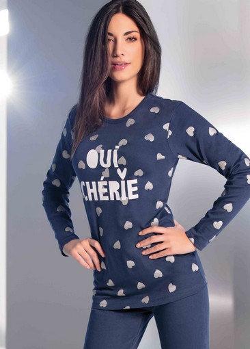 """Oui, Cherie"", Lang-Arm Pyjama"