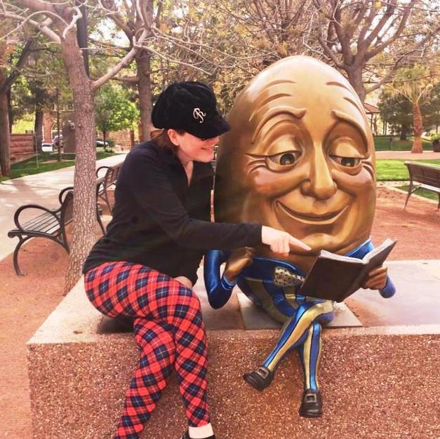 Humpty Dumpty Reads Too