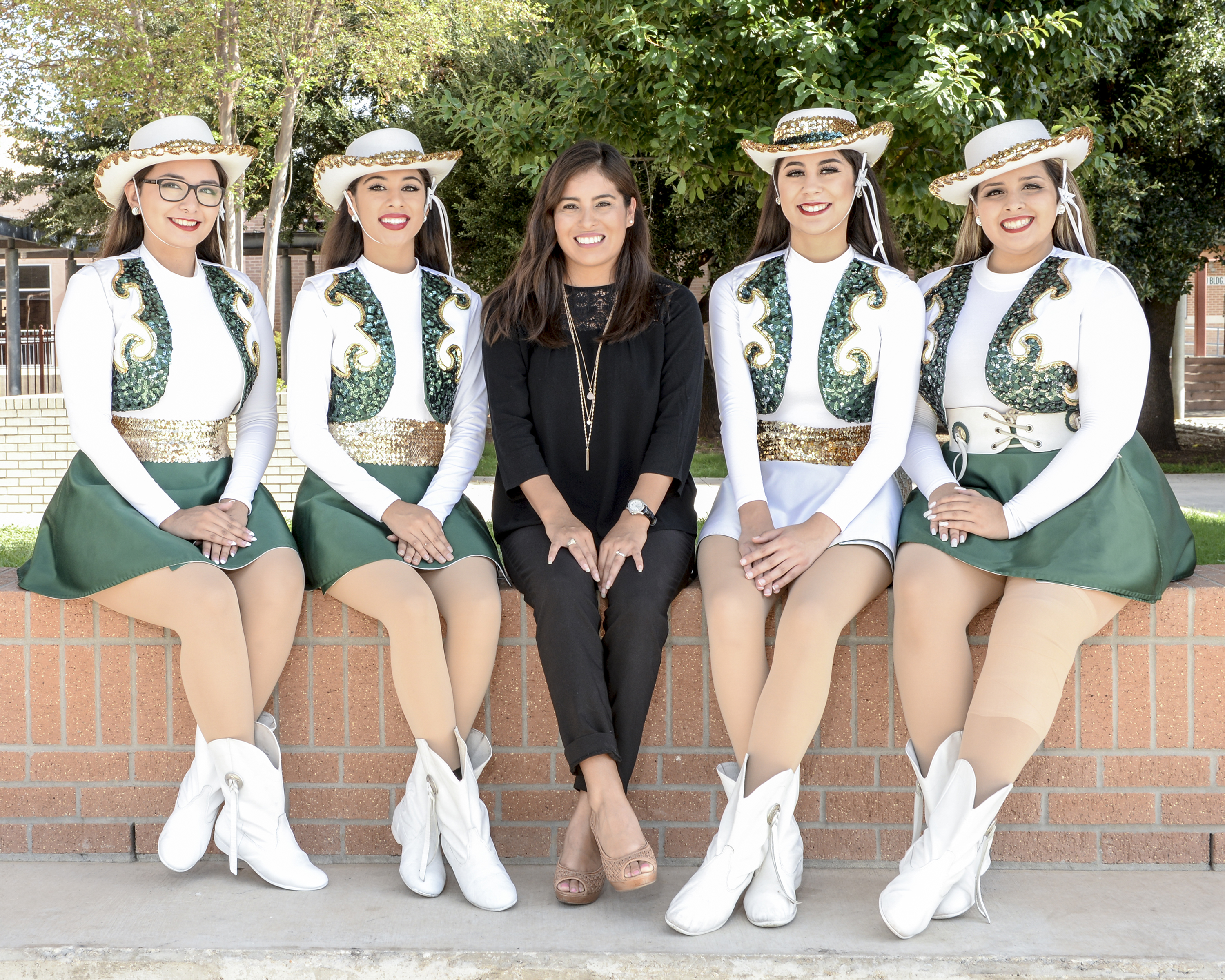 Dance_Officers_002