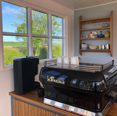 Kaffemaskine  bagfra.jpg