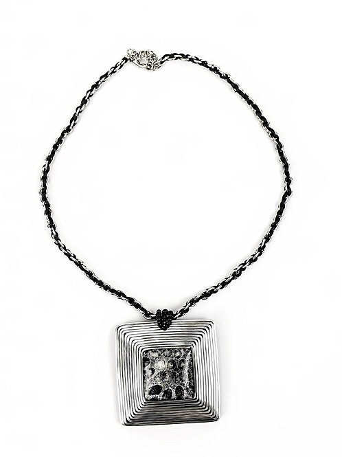 Square Urchini Necklace - Gray